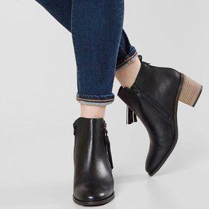 CREVO Tassel Leather Ankle Boot size 7 black heel